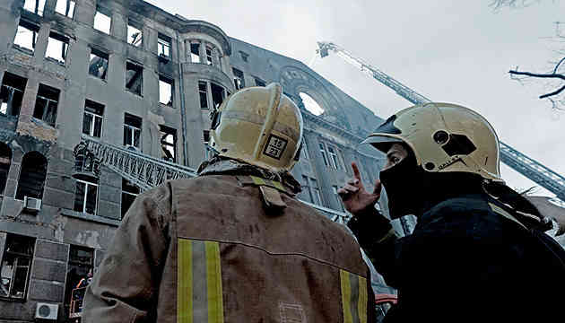 Кількість загиблих на пожежі в Одесі зросла до 16