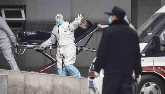 У Китаї заявили про прискорення поширення коронавірусу по країні