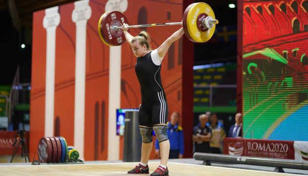 Українська важкоатлетка Деха завоювала