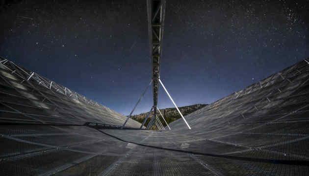 Вчені зафіксували космічний сигнал, що повторюється кожні 16 днів