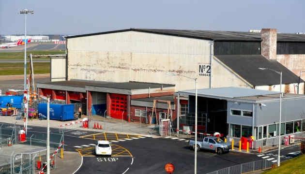 На летовищі Бірмінгема обладнають тимчасовий морг