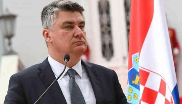 Хорватський президент не полетить на