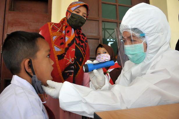 У 10 разів заразніший за звичайний: вчені виявили новий штам коронавірусу