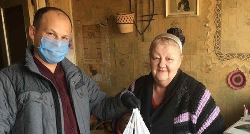 В Сумах «Європейська Солідарність» продовжує надавати допомогу людям з групи ризику