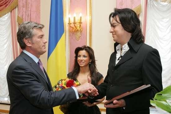 Ткаченко пояснив, чому Кіркоров та Ані Лорак й досі народні артисти України