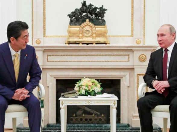 Експрем'єр Японії назвав окупацію Криму однією із причин непідписання мирного договору з РФ