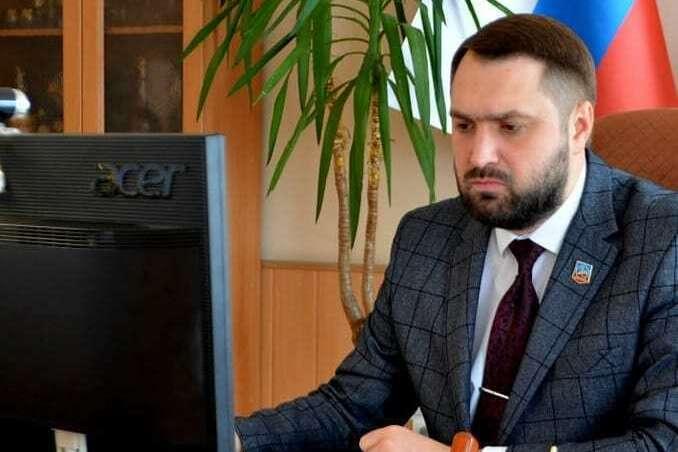 СБУ оголосила підозру «меру» окупованого Дебальцева