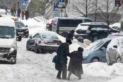 В Україні 23 січня сніжитиме, вночі до 17° морозу