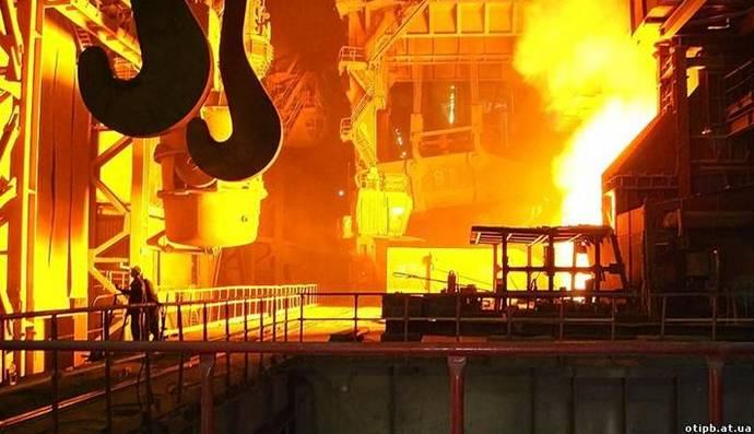 Металурги прогнозують рекордне падіння виплавки сталі