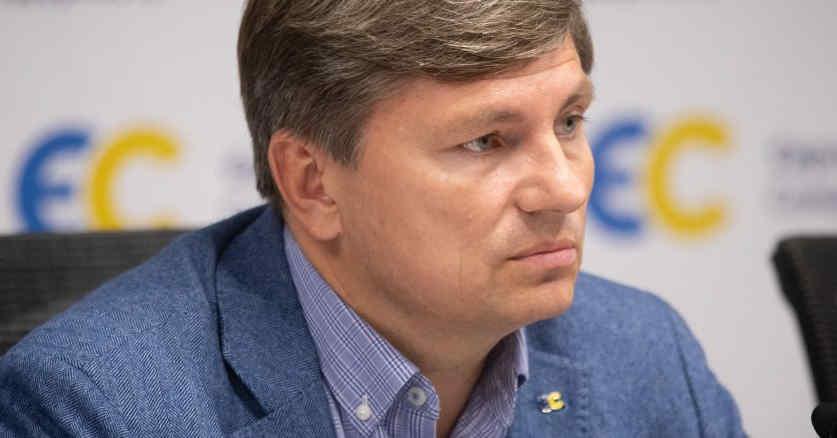 Артур Герасимов: Справи проти Порошенка політично вмотивовані і сфабриковані за вказівкою Офісу президента