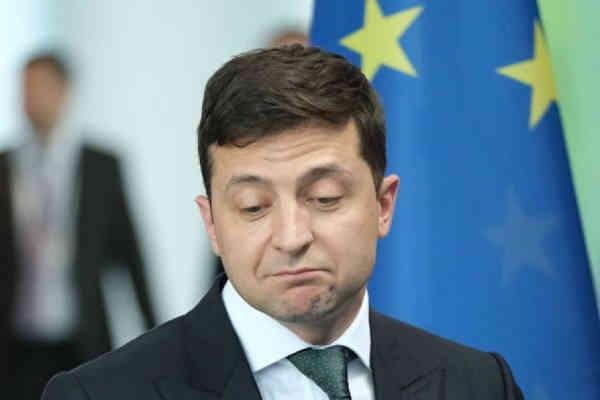 Незрозуміло, кому команда Зеленського буде видавати паспорти на Донбасі - Ар'єв