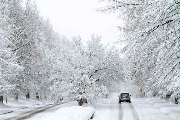 Синоптики попередили про різке похолодання й снігопади