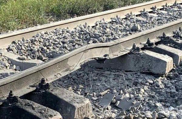 Терористи на Житомирщині намагалися підірвати потяг, який транспортував 64 вагони із бензином
