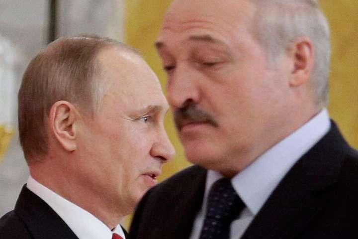 Путін в Білорусі намагається зробити те, що й на Донбасі – Волкер