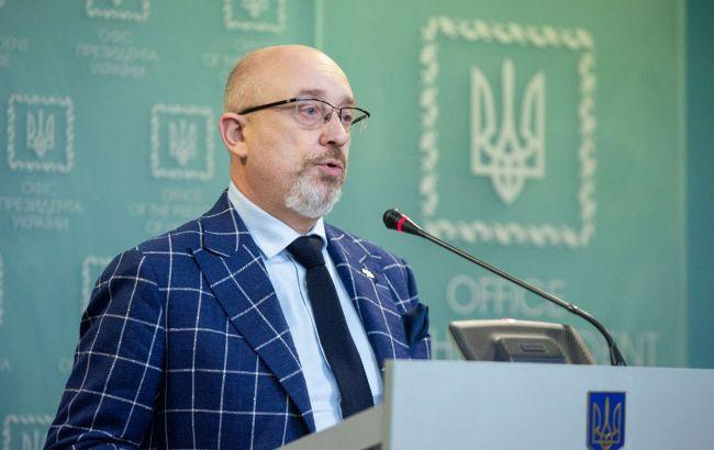 Паспортизація РФ: Резніков назвав жителів Донбасу і Криму заручниками