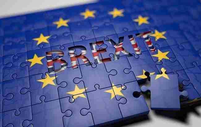 Палата лордів схвалила законопроєкт, який блокує Brexit без угоди