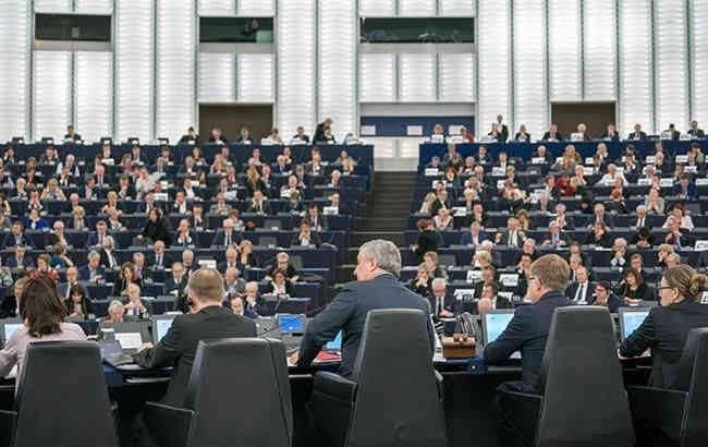 Європарламент погодився відстрочити Brexit