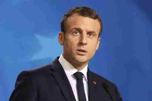 Макрон заперечує, що Франція стала проросійською