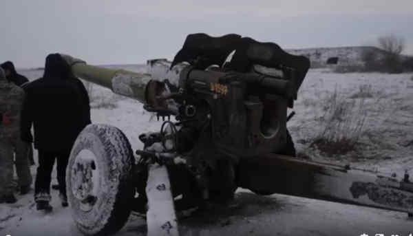 В Україні пройшли успішні випробування нових артилерійських снарядів: відео