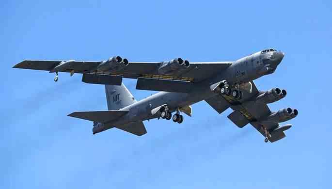 Бомбардувальники B-52 повернулись в небо України