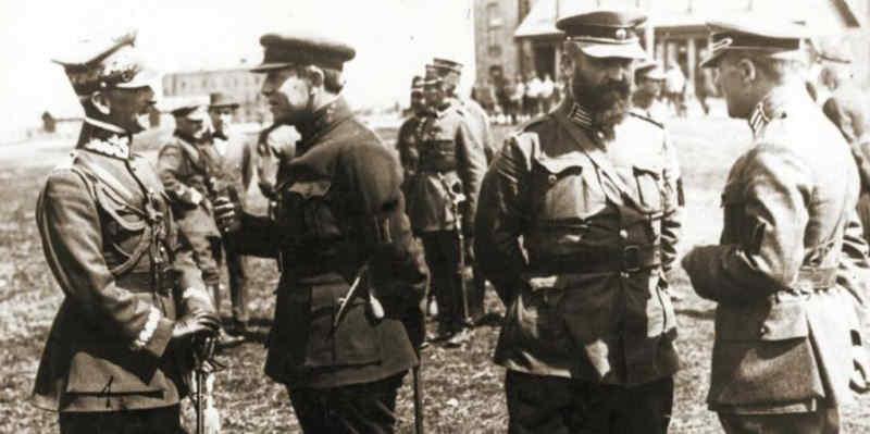 100 років тому був укладений військовий союз України і Польщі проти більшовицької Росії