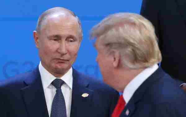 Трамп із Путіним розмовляли на саміті G20 без перекладача від США, - FT