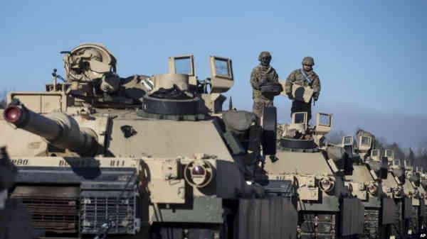 США відновлюють військові навчання на сході Європи