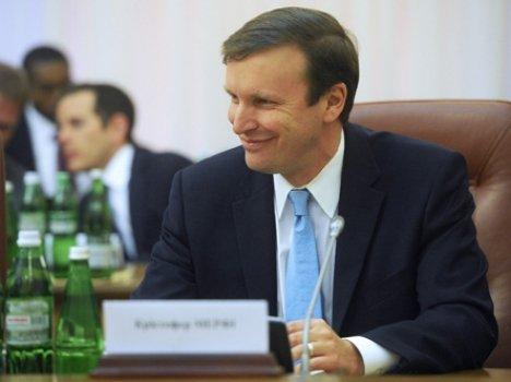 Американські сенатори відвідають Україну, щоб підтримати новий уряд