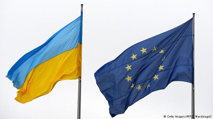 Боррель: найкраща відповідь на російську загрозу - посилювати Україну