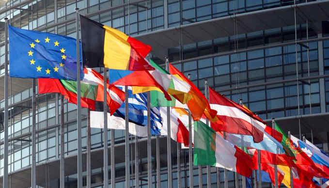 В резолюції Європарламенту Зеленському нагадали про неприпустимість переслідування опозиції