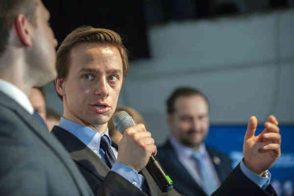Прем'єр Польщі звинуватив ультраправу партію у зв'язках з Росією