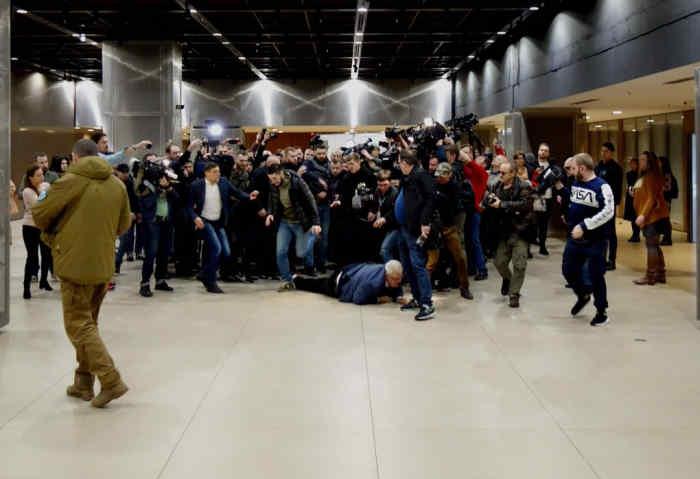 Цирк закінчено, всі вільні!: Поліція вже відпустила 12 затриманих за напад на Сивохо