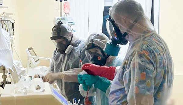 Лікарі фіксують у частини пацієнтів з коронавірусом ураження мозку: сплутаність свідомості, інсульт і судоми