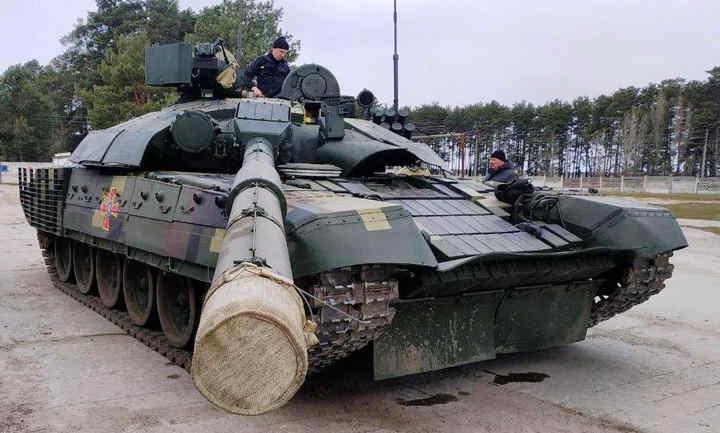 На Чернігівщині тривають випробування модернізованого танка Т-72