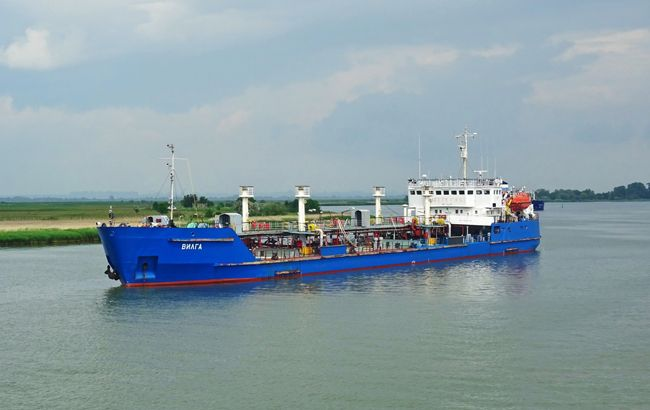 Суд Херсона відмовився заарештувати судно, яке доставляло паливо в Крим