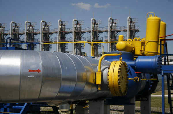 """РНБО доручила повернути у держвласність нафтопродуктопровід """"Самара-Західний напрямок"""""""