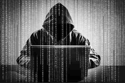 Кіберполіція викрила втручання до баз даних держустанов, зокрема військових частин