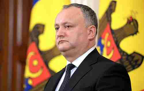 Додон так хоче зустрічі із Зеленським, що вже каже про визнання усіх кордонів України