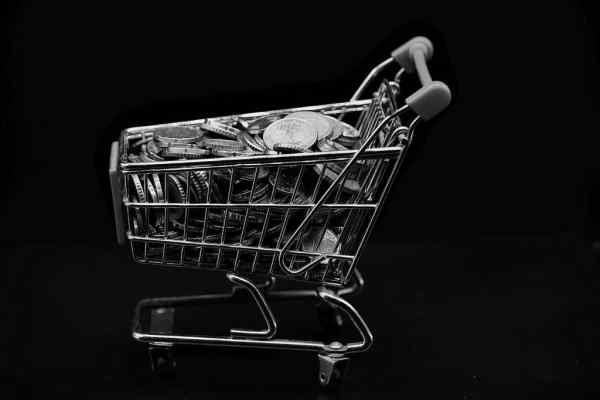 Повернулась інфляція: в Україні зафіксували чергове підвищення