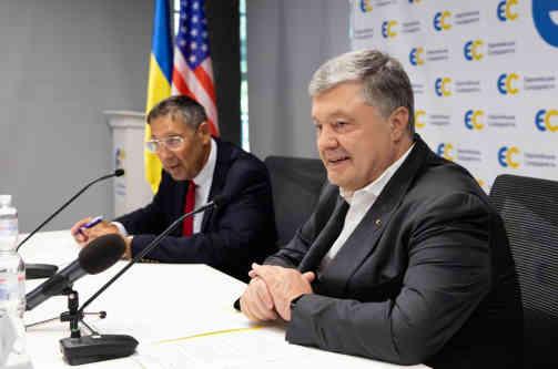 Петро Порошенко зустрівся з керівництвом Атлантичної Ради та представниками Конгресу США