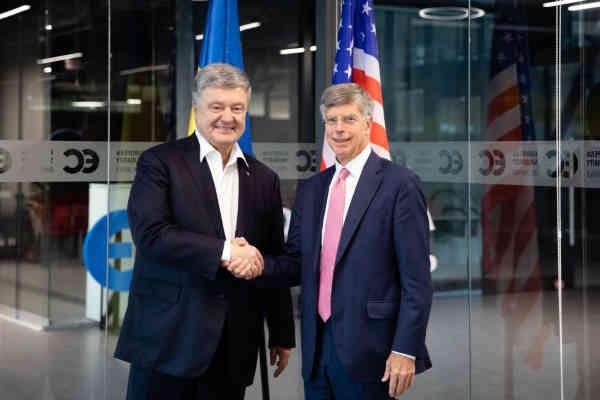 Петро Порошенко зустрівся з тимчасово повіреним у справах США в Україні Вільямом Тейлором