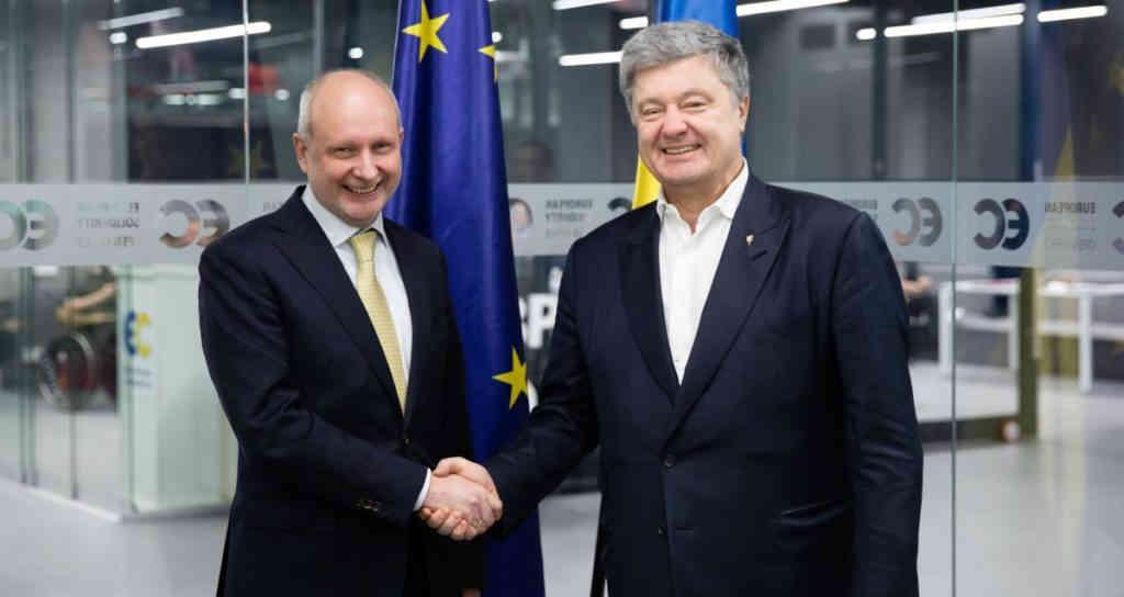 Петро Порошенко зустрівся з главою делегації ЄС в Україні Матті Маасікасом