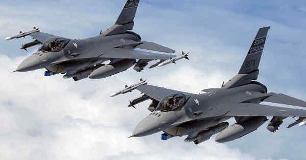 США готуються до масштабної модернізації F-16