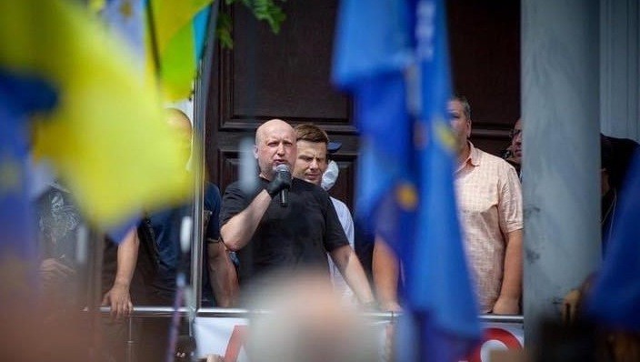 Головною небезпекою для України є руйнація здобутків Майдану та розворот у бік Росії — Турчинов