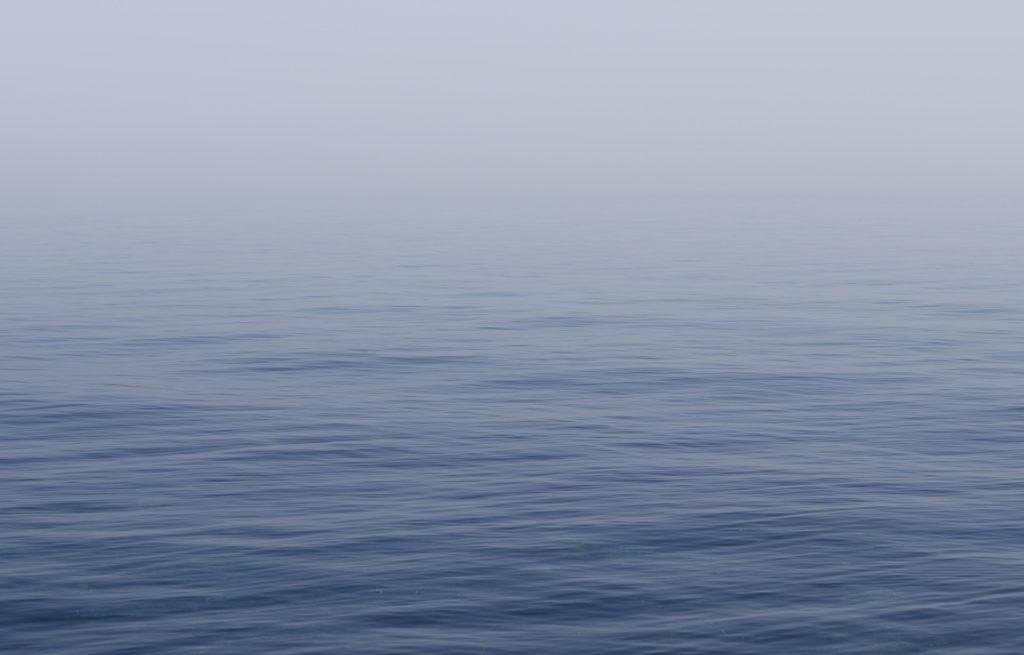Скільки Covid-19 може зберігатись у прісній воді: вчені дали відповідь