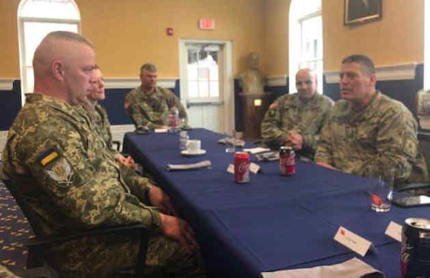 Генерал Забродський на запрошення командування армії США прочитав цикл закритих лекцій про війну на Донбасі