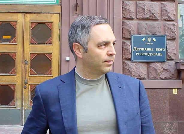 Вуха Коломойського і дресирований Труба: журналісти дізнались, як саме Портнов здійснює